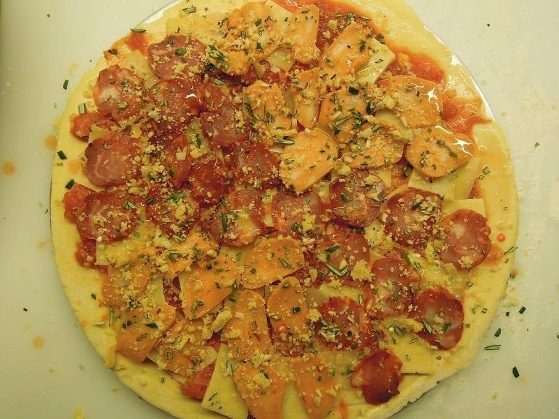 Pizza Lusa, com produtos e sabores portugueses