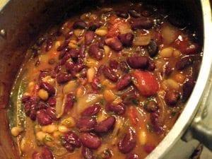 Feijoada Bicolor Vegetariana, uma receita diferente