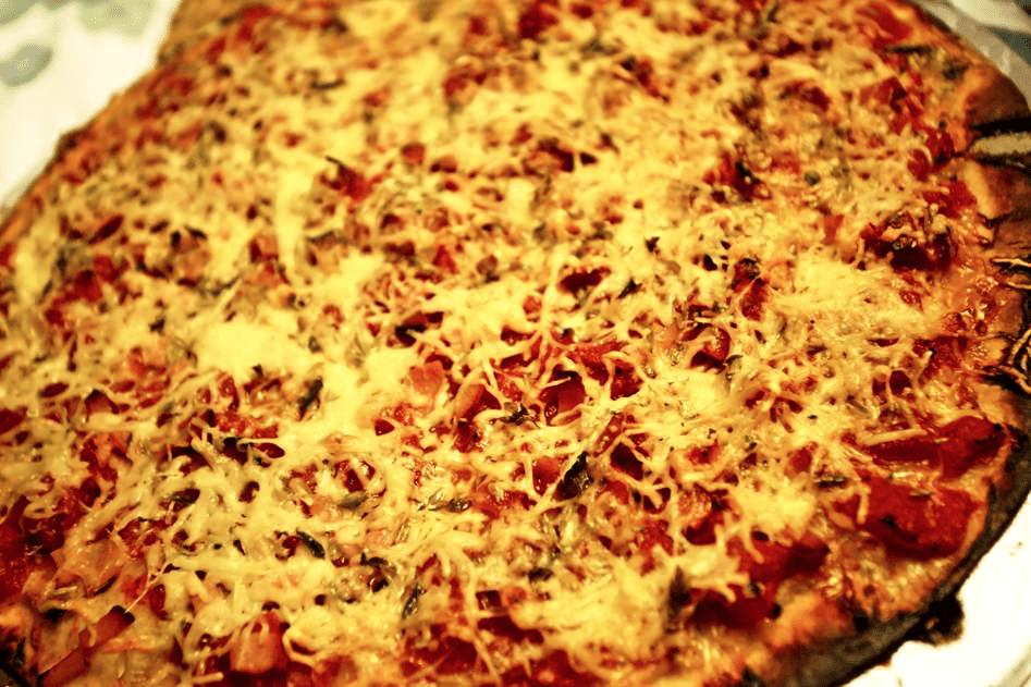 Pizza da Bia, a minha neta que adora cozinhar