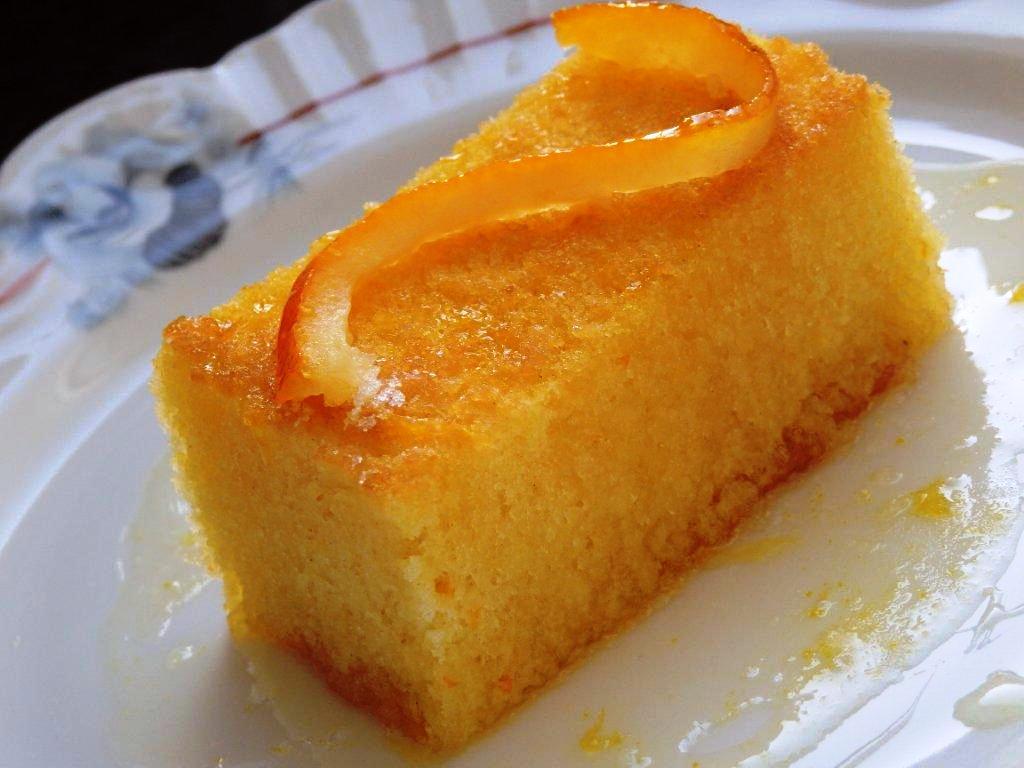 bolo de laranja regado com xarope Bolo de laranja regado com xarope da mesma P4220056