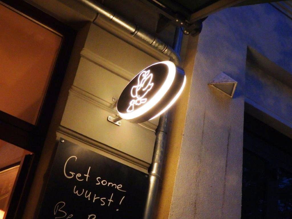mais um restaurante Mais um restaurante alemão da terra das bolas P4240406