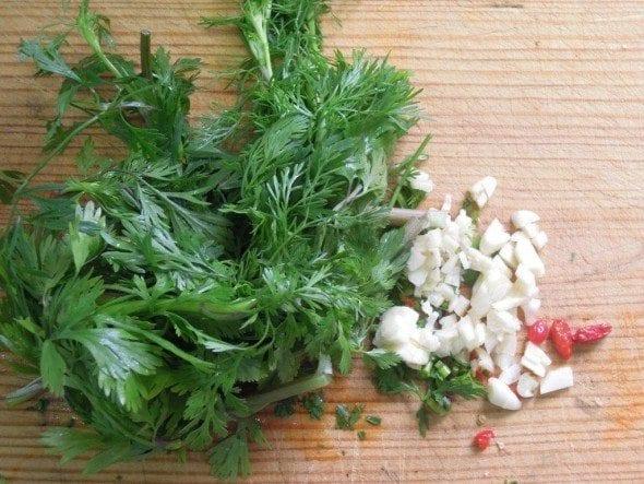 Molho verde com sal grosso molho verde com sal grosso Molho verde com sal grosso 13 590x443