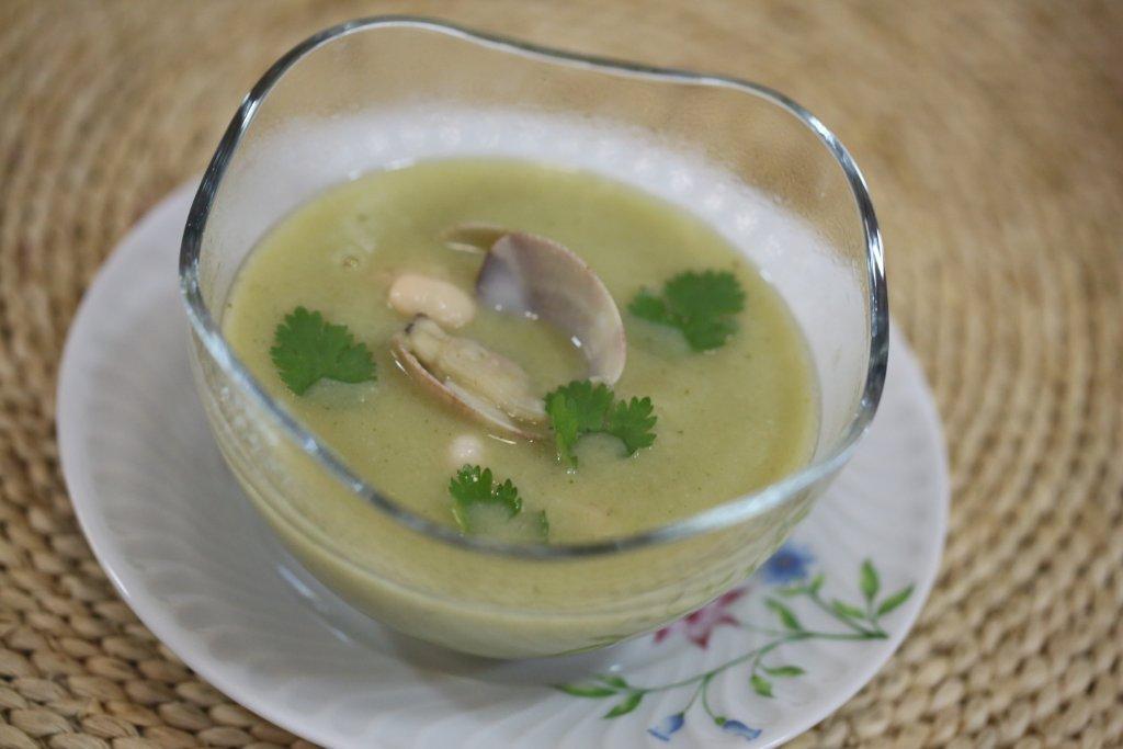sopa de amêijoas com feijão branco Sopa de amêijoas com feijão branco 54