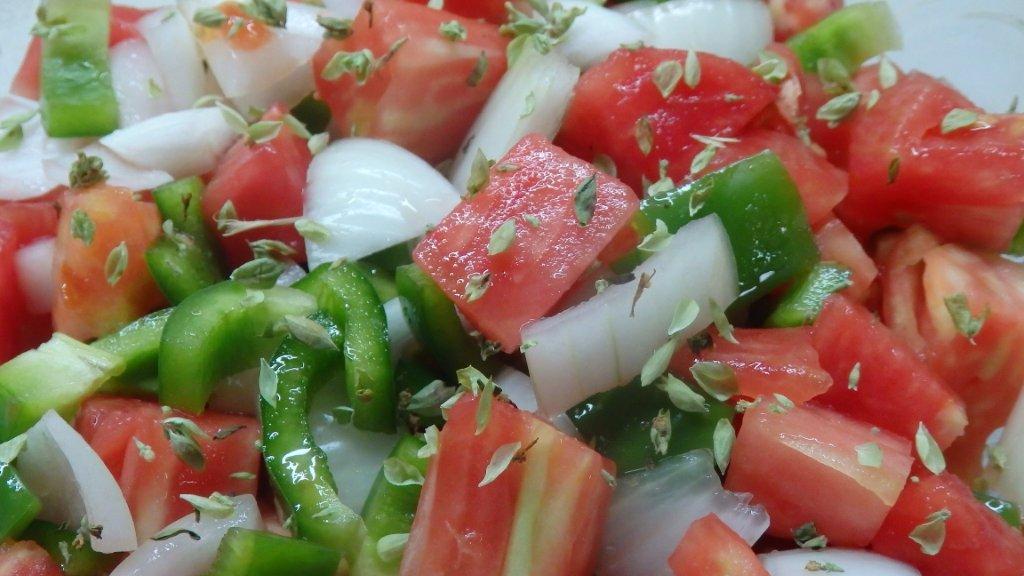 Salada Algarvia - Grafe e Faca