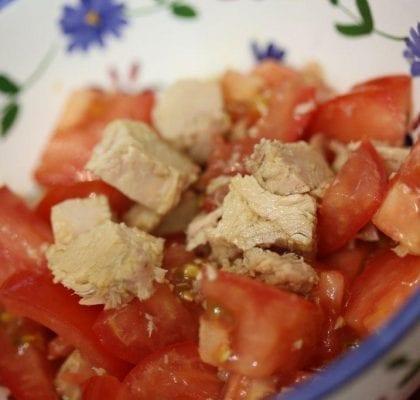 Salada de Atum com Tomate salada de atum com tomate - Salada de Atum com Tomate