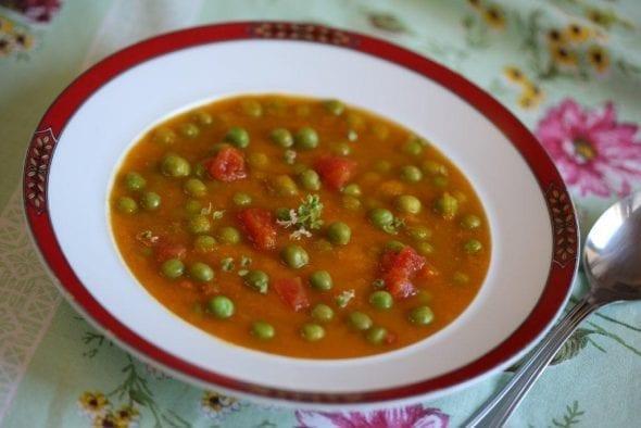 Sopa de Cenoura com Ervilhas e Tomate