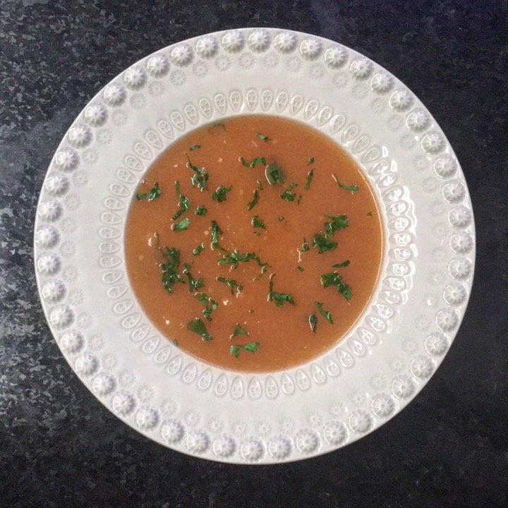 creme de tomate com batata e salsa Creme de tomate com batata e salsa IMG 1434