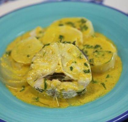 pescada com molho de caril - Pescada com molho de caril