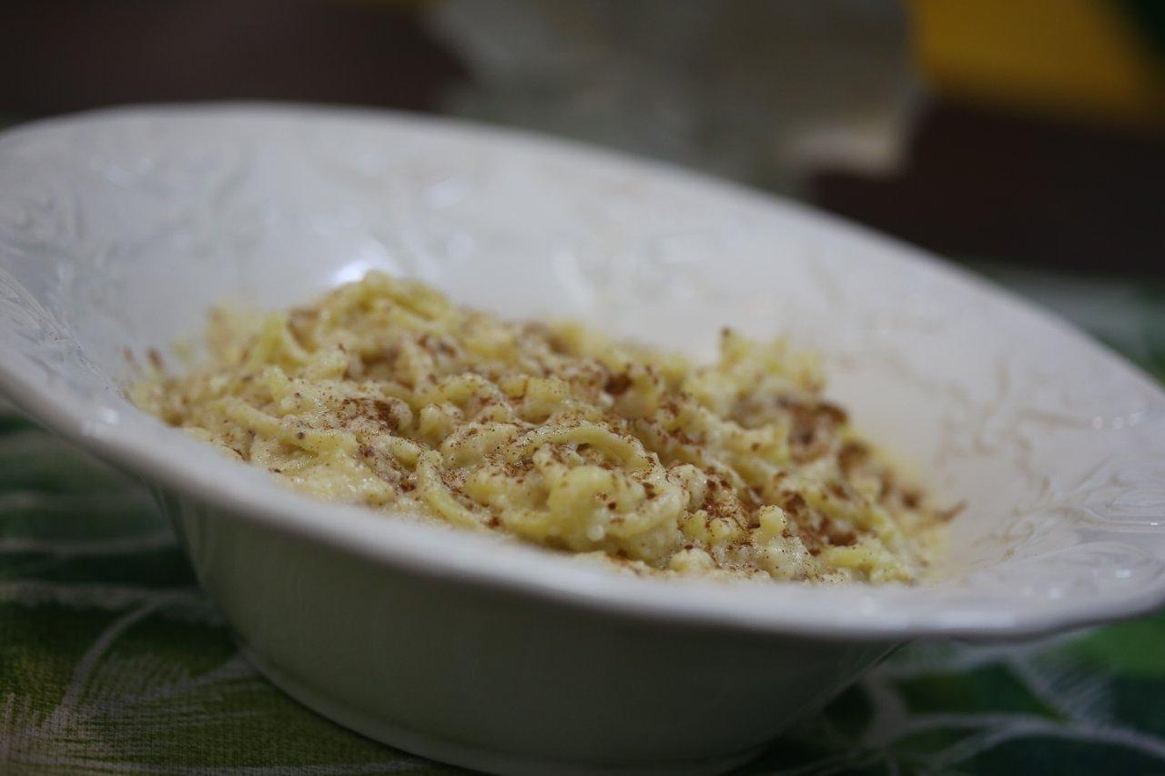 Esparguete doce, com coco e limão