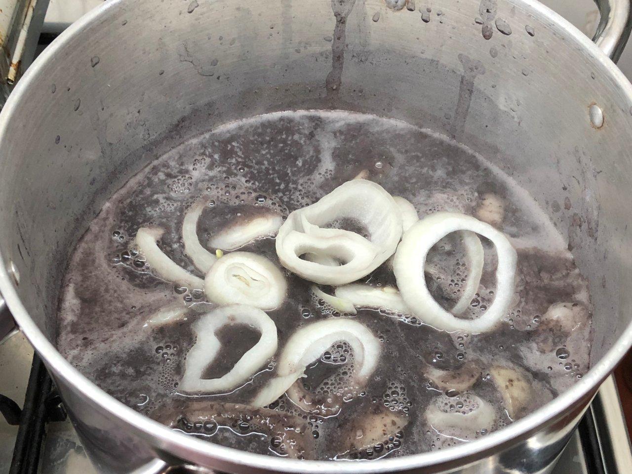 Sopa de feijão preto