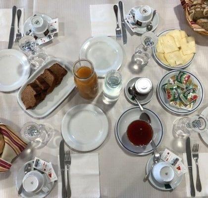 Hotel O Preto - Pitões das Júnias (Gerês)_grafe_e_faca