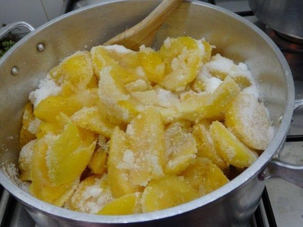 Doce de Ameixa com Limão doce de ameixa com limão Doce de Ameixa com Limão doce ameixa lim  o grafe e faca 5 590x443
