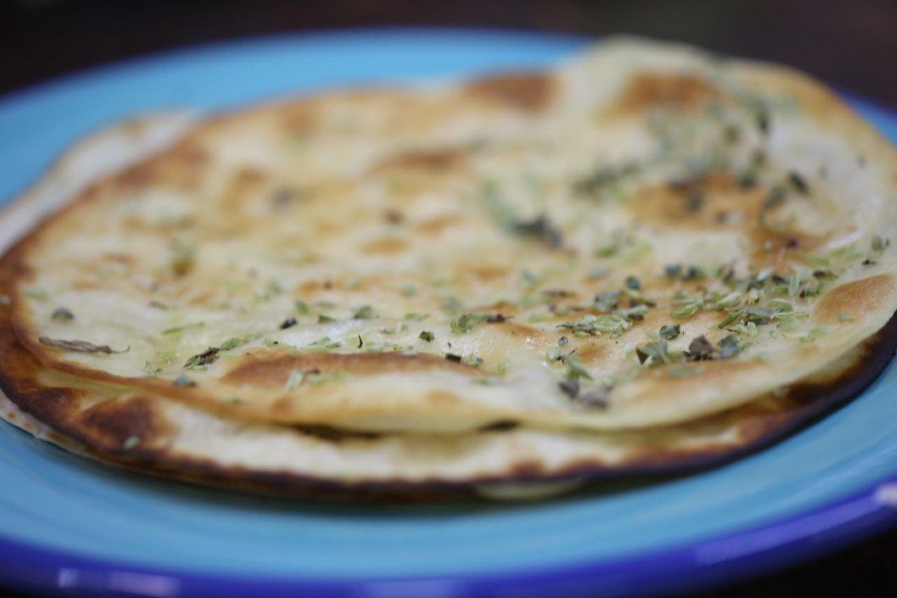 Tortilhas com Manteiga e Orégãos tortilhas com manteiga e orégãos Tortilhas com Manteiga e Orégãos Tortilhas com Manteiga e Oregaos 6
