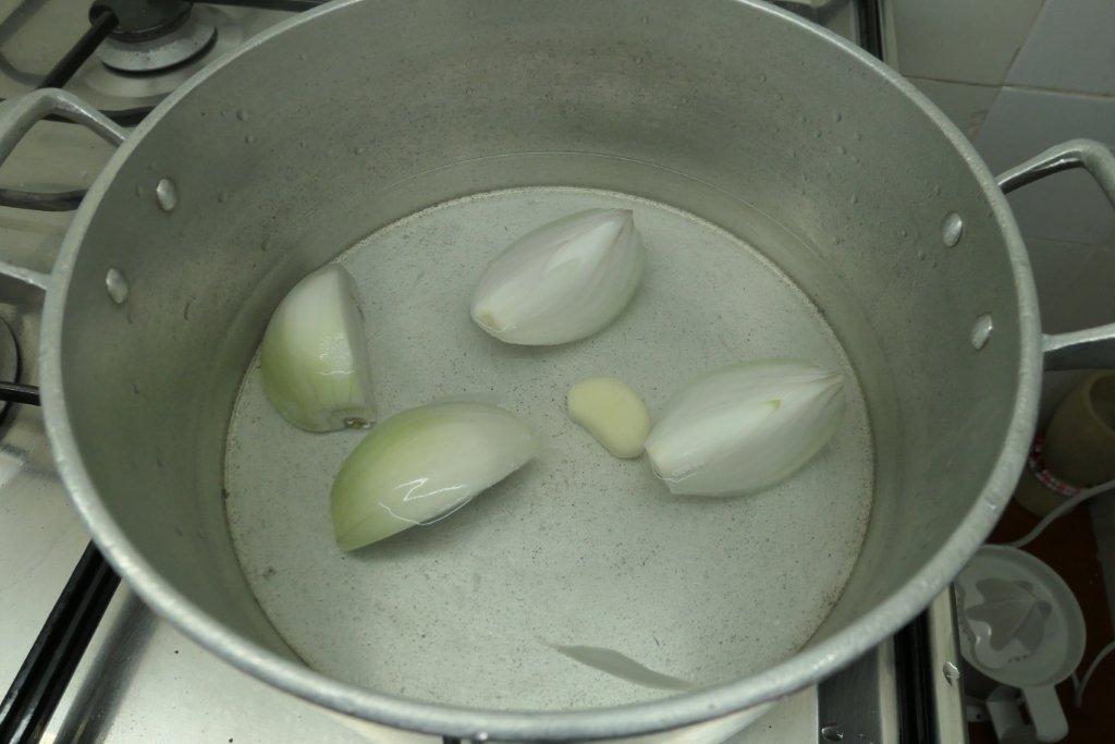 Sopa de Grão com Cotovelinhos e Espinafres sopa de grão com cotovelinhos e espinafres Sopa de Grão com Cotovelinhos e Espinafres grafe e faca sopa grao massa espinafres 2