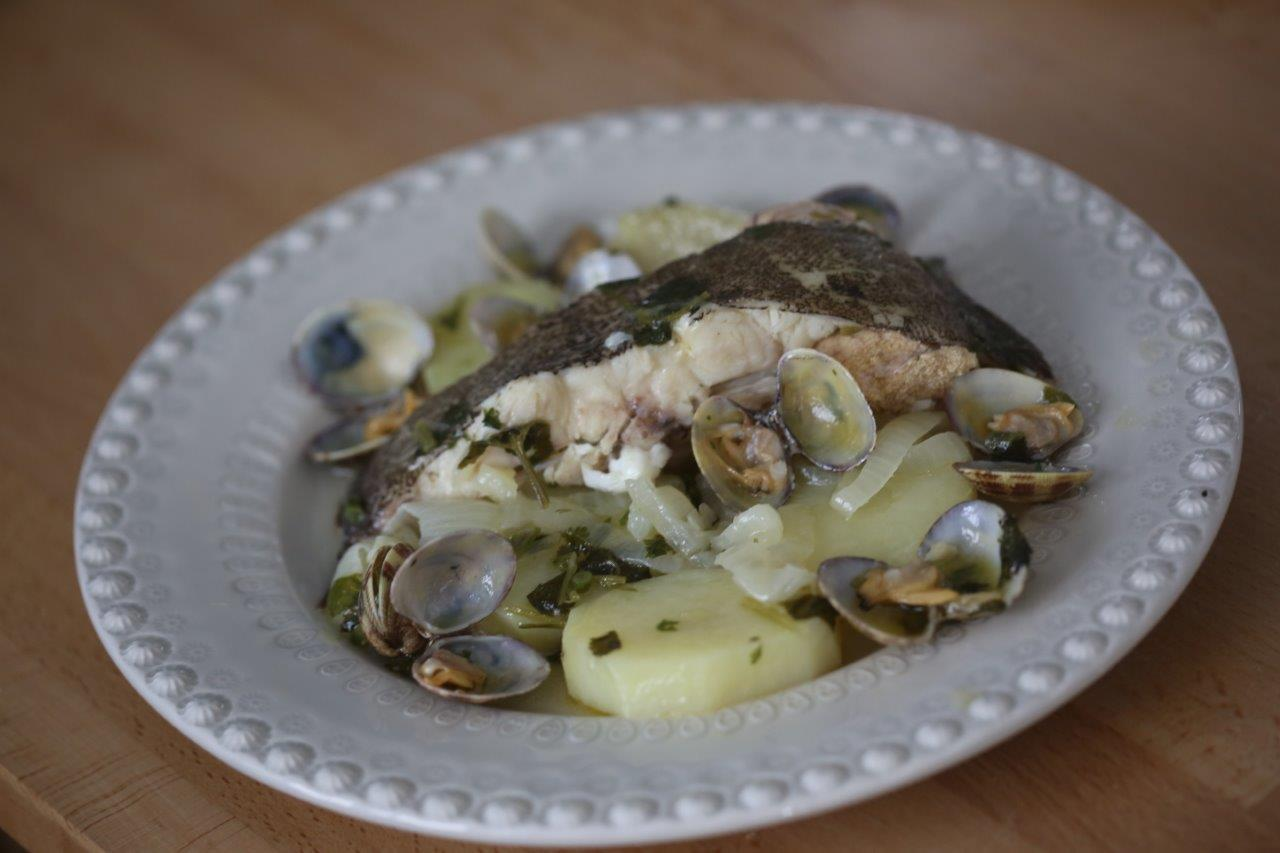 Linguado no Tacho com Batatas e Coentros