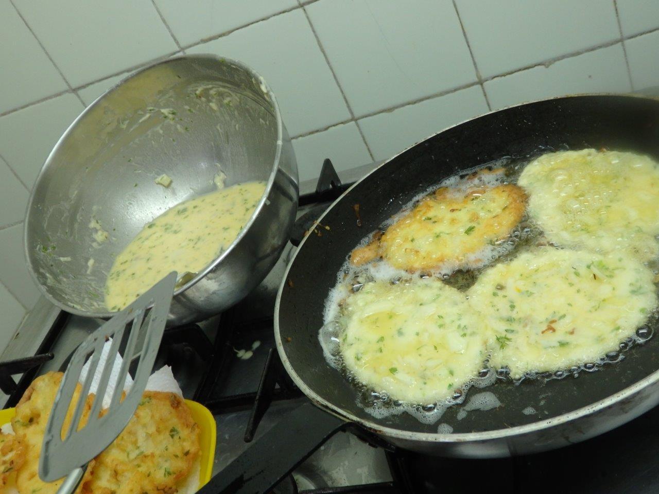 Pataniscas crocantes de bacalhau pataniscas crocantes de bacalhau Pataniscas crocantes de bacalhau Pataniscas crocantes de bacalhau 2