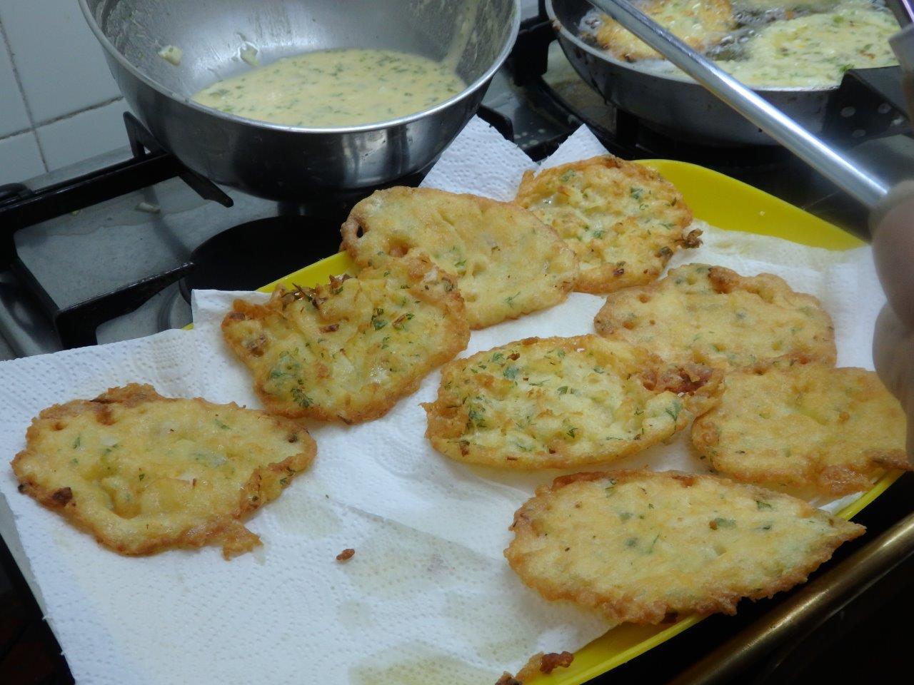 Pataniscas crocantes de bacalhau pataniscas crocantes de bacalhau Pataniscas crocantes de bacalhau Pataniscas crocantes de bacalhau 3