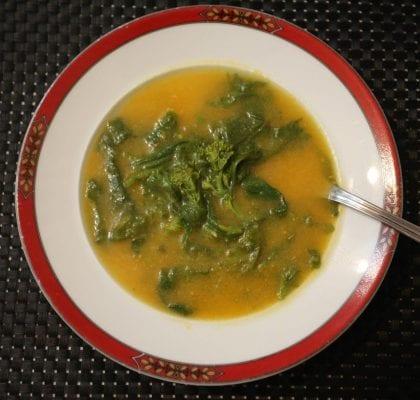 sopa de abóbora com grelos de nabo Sopa de Abóbora com Grelos de Nabo SopadeAboboracomGrelosdeNabo 2 420x400