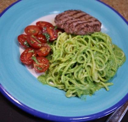 esparguete fresco,espinafres - Esparguete fresco como molho de espinafres