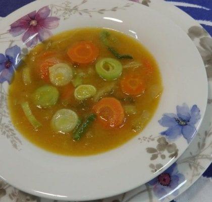sopa cremosa de alho francês - Sopa Cremosa de Alho Porro / Francês