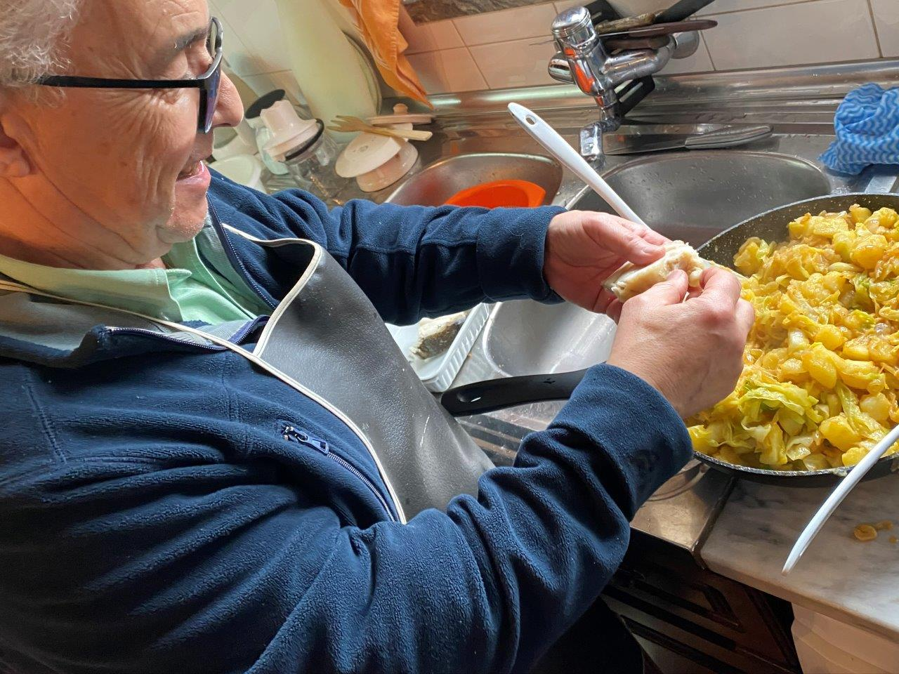 Bacalhau gratinado com couve lombarda e broa Bacalhau gratinado com couve lombarda broa 2