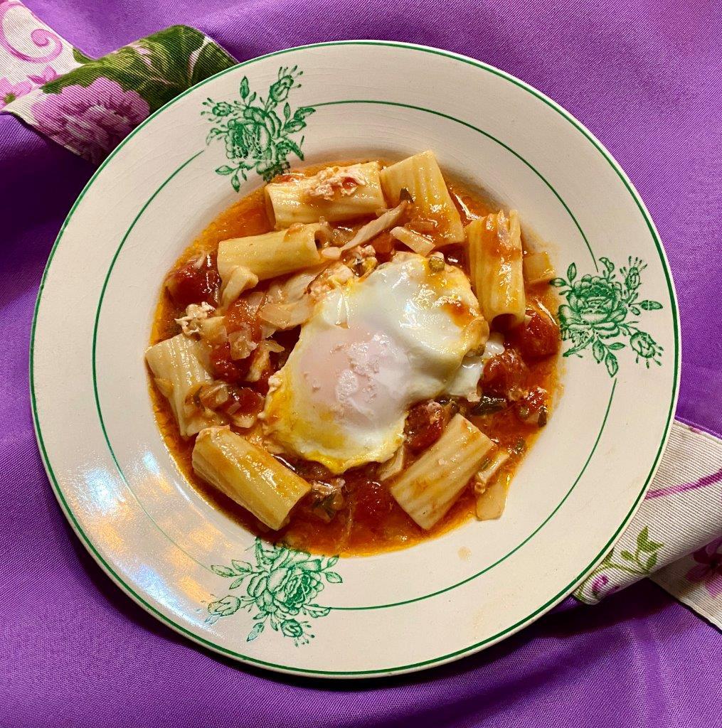 Sopa de massa guisada com bacalhau e ovo escalfado IMG 6849